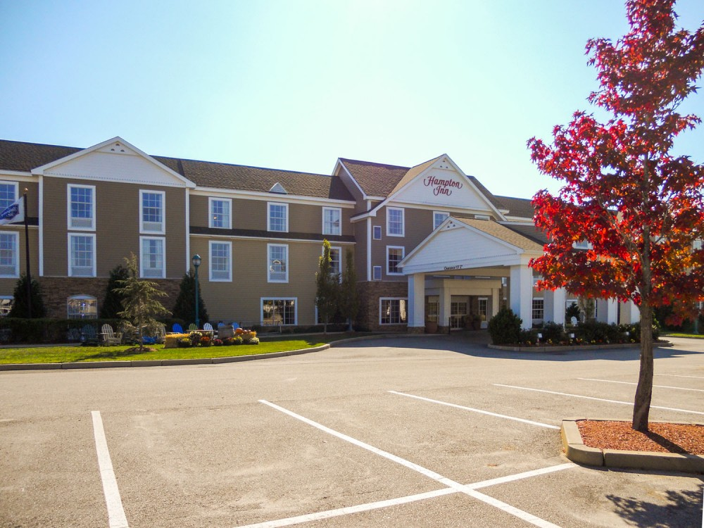Hampton Inn entrance