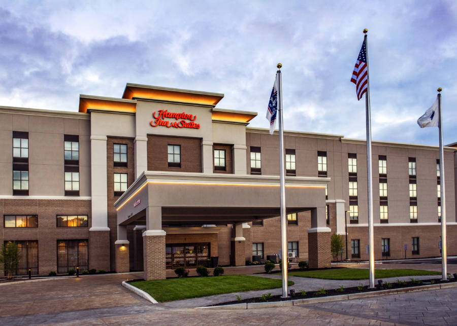 Hampton Inn Forbes Crossing